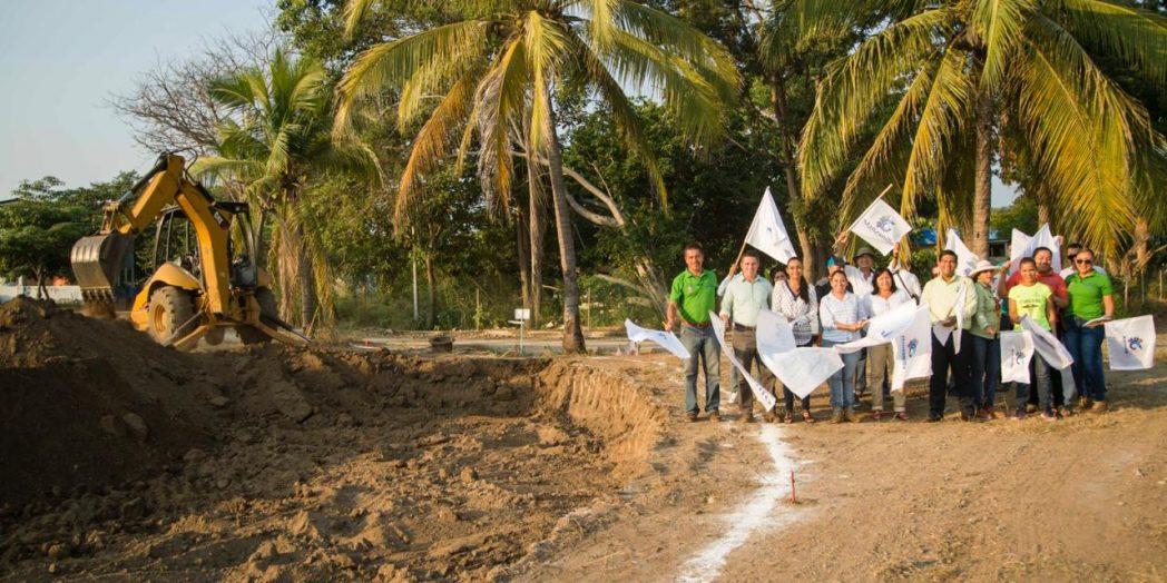 Inaugura Griselda Martínez planta de tratamiento con recursos gestionados por Virgilio Mendoza