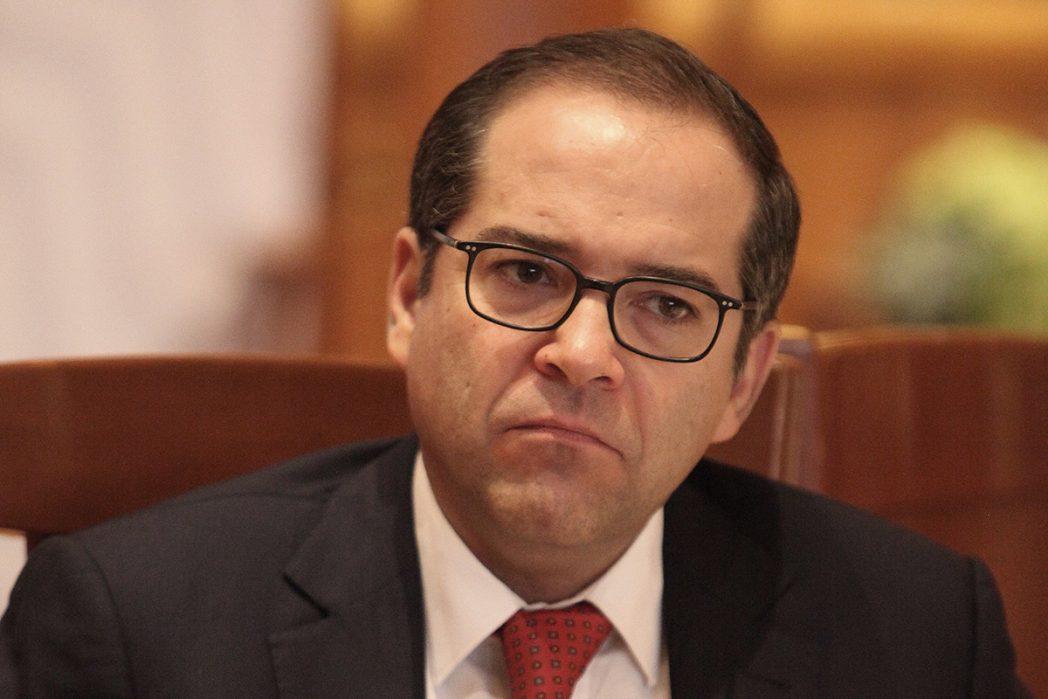 Nacho Peralta podría haber violado la constitución al destinar 200 millones a fines distintos a los autorizados: Congreso