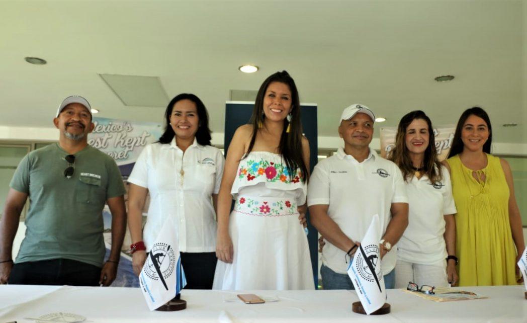 Manzanillo sede internacional de la Tercera  Competencia de Kayak y Stand Up Paddel