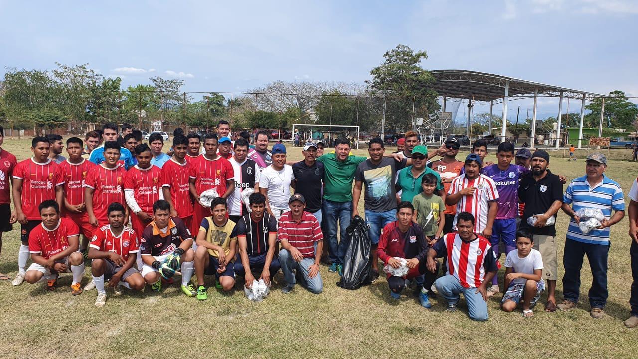 Arranca torneo de liga en zona rural, con el apoyo de Virgilio Mendoza
